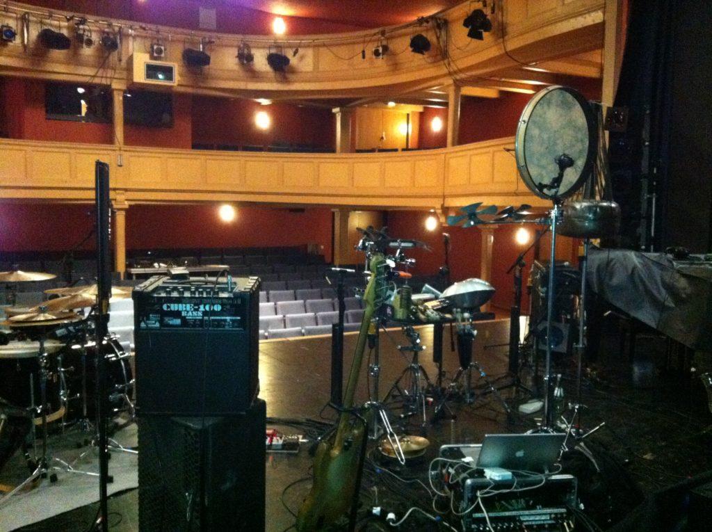 Theatersaal Aufbau Nik Bärtsch